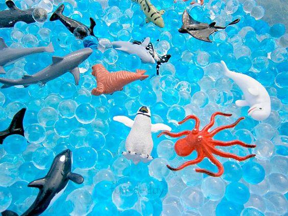 Joacă senzorială: Sub apă