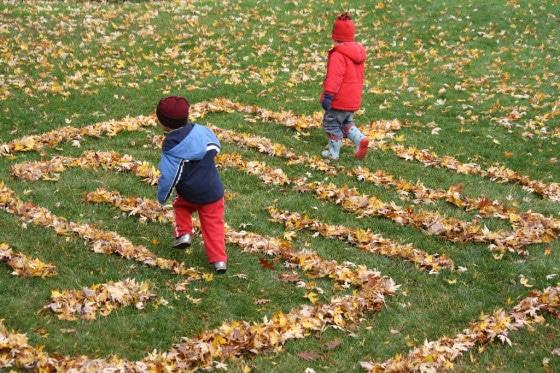 jocuri de toamna: labirint din Frunze