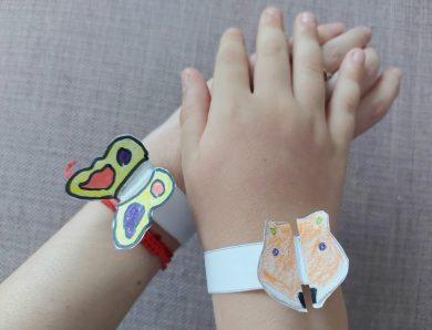 Cum să faci brățări din hârtie pentru copii