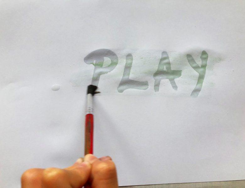 Cerneala invizibilă – un experiment cu 3 variante